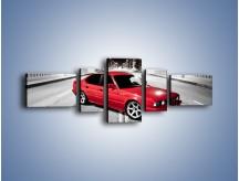 Obraz na płótnie – BMW 5 E34 na moście – pięcioczęściowy TM227W6