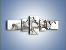 Obraz na płótnie – Końskie trio w zimowym pędzie – pięcioczęściowy Z063W6