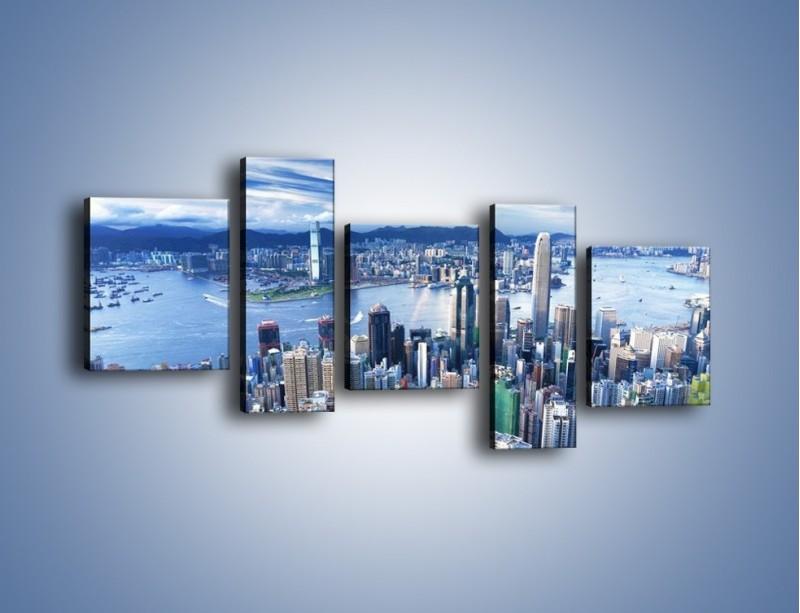 Obraz na płótnie – Miasto portowe o poranku – pięcioczęściowy AM050W7