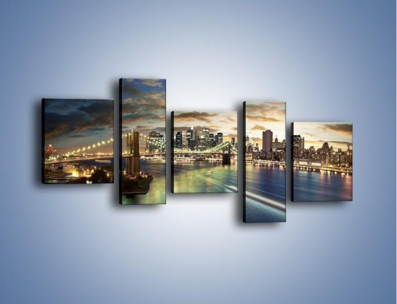 Obraz na płótnie – Oświetlony most w Nowym Jorku – pięcioczęściowy AM066W7