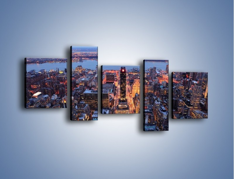 Obraz na płótnie – Budzące się ze snu miasto – pięcioczęściowy AM097W7