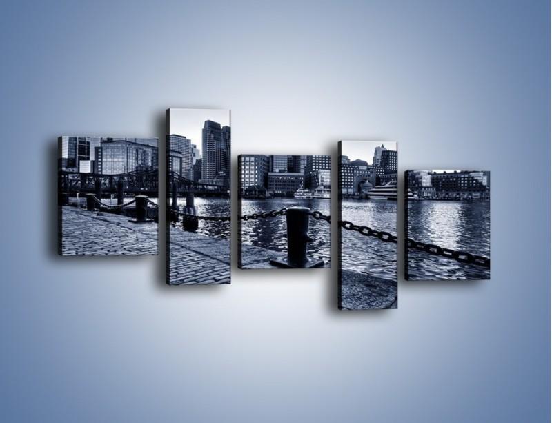Obraz na płótnie – Wybrukowana wybrzeże miasta – pięcioczęściowy AM132W7