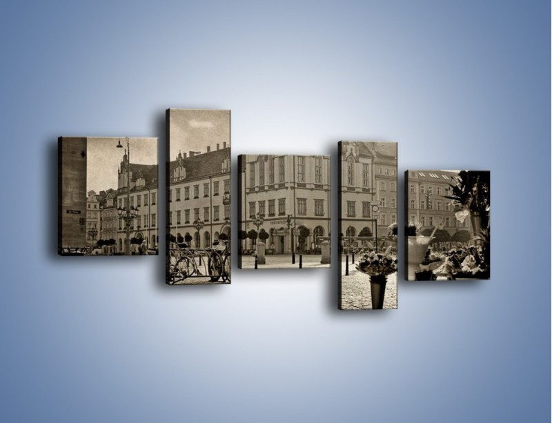 Obraz na płótnie – Rynek Starego Miasta w stylu vintage – pięcioczęściowy AM138W7