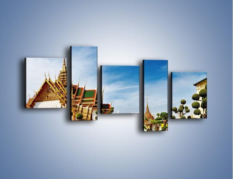 Obraz na płótnie – Tajska architektura pod błękitnym niebem – pięcioczęściowy AM197W7