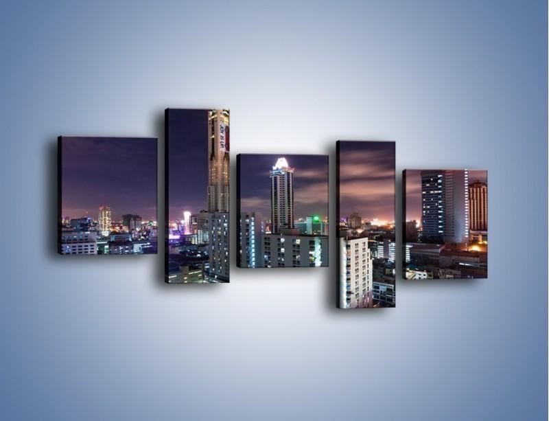 Obraz na płótnie – Duże miasto nocą – pięcioczęściowy AM202W7