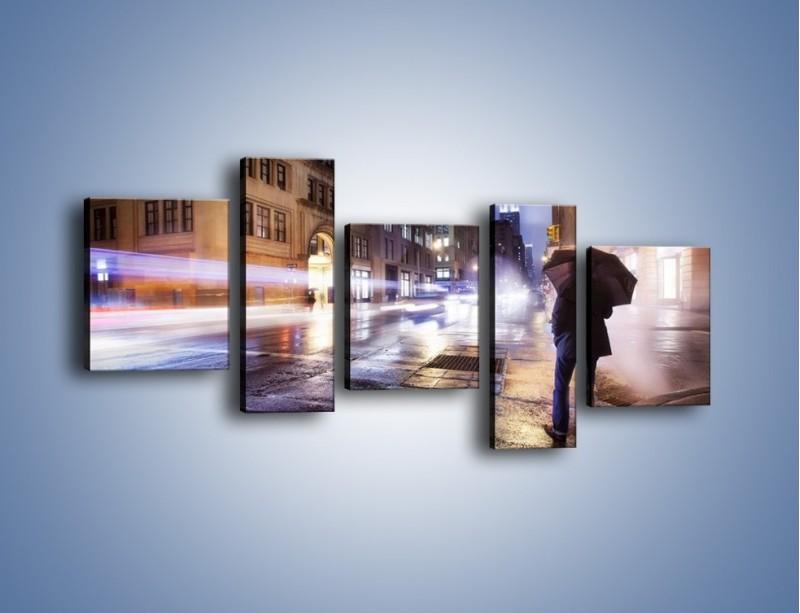 Obraz na płótnie – Deszczowa noc w Nowym Jorku – pięcioczęściowy AM343W7