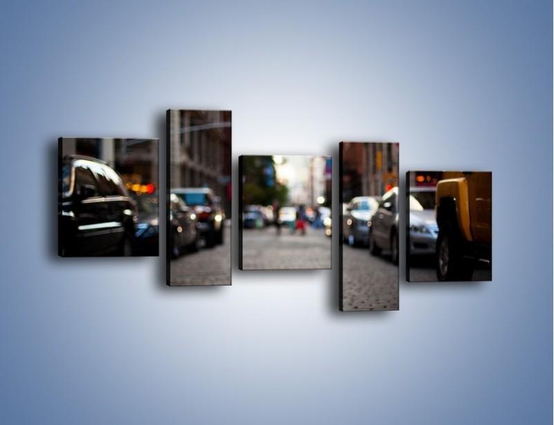 Obraz na płótnie – Rozmyty świat centrum miasta – pięcioczęściowy AM367W7