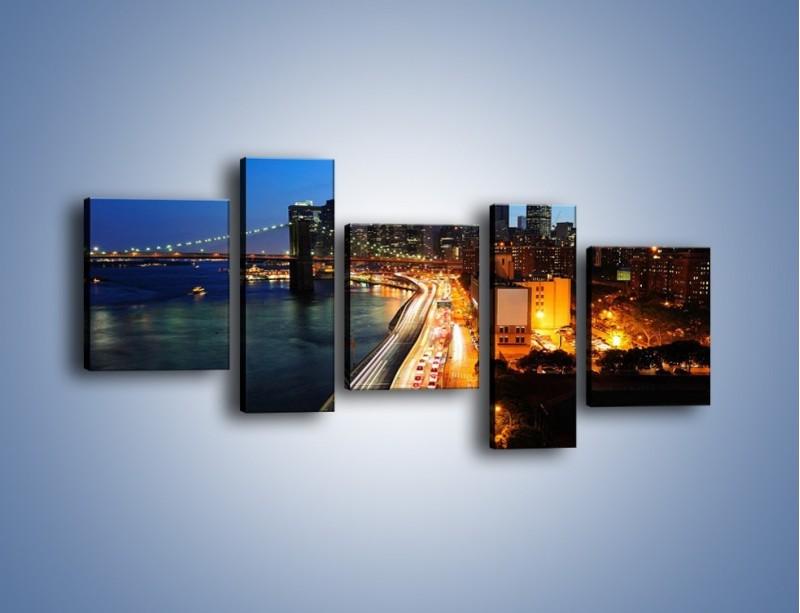 Obraz na płótnie – Manhattan wieczorową porą – pięcioczęściowy AM477W7