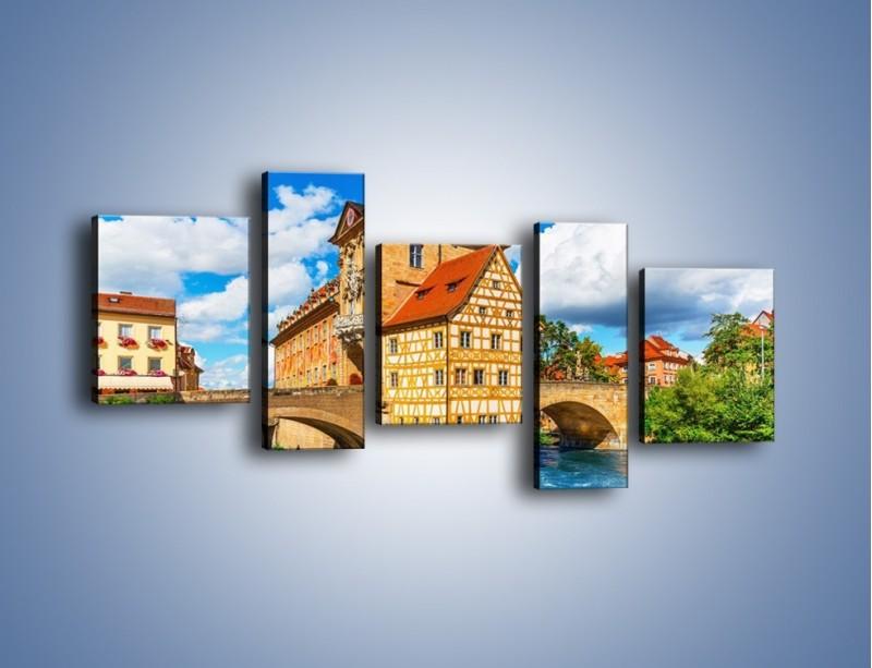 Obraz na płótnie – Ratusz w mieście Bamberg – pięcioczęściowy AM513W7