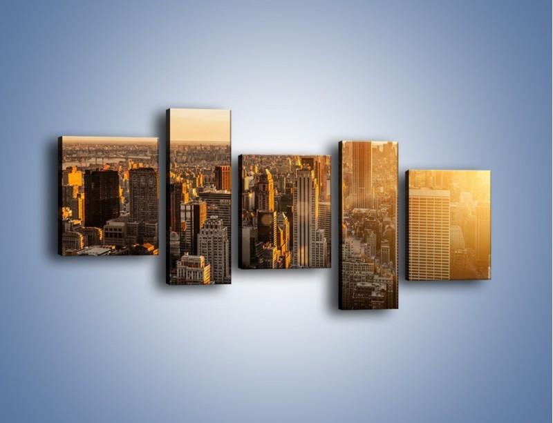 Obraz na płótnie – Zachód słońca nad Nowym Jorkiem – pięcioczęściowy AM550W7