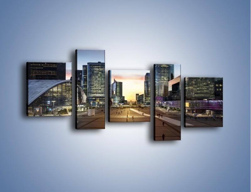 Obraz na płótnie – Quartier La Défense w Paryżu – pięcioczęściowy AM647W7