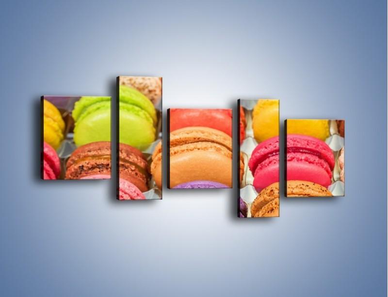 Obraz na płótnie – Słodkie babeczki w kolorach tęczy – pięcioczęściowy JN458W7