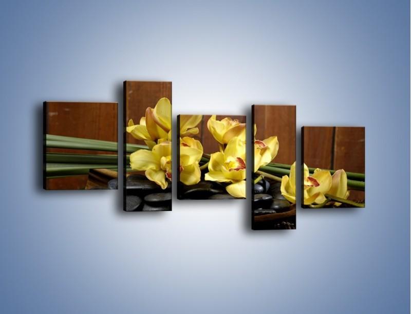 Obraz na płótnie – Kwiaty na drewnianym naczyniu – pięcioczęściowy K575W7