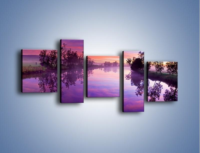 Obraz na płótnie – Fiolet w wodzie i na niebie – pięcioczęściowy KN1046W7