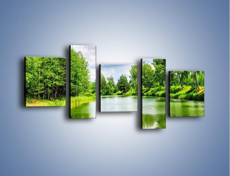 Obraz na płótnie – Spokojna woda i las – pięcioczęściowy KN1086W7