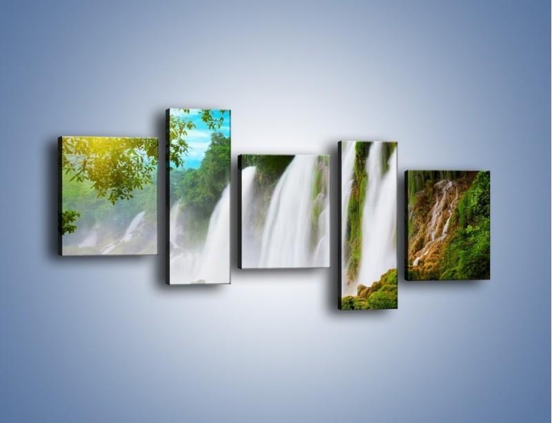 Obraz na płótnie – Wilgotny nawiew z wodospadu – pięcioczęściowy KN1138AW7