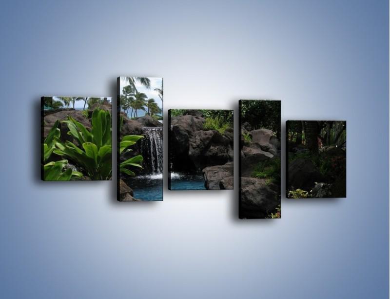 Obraz na płótnie – Wodospad wśród palm – pięcioczęściowy KN208W7
