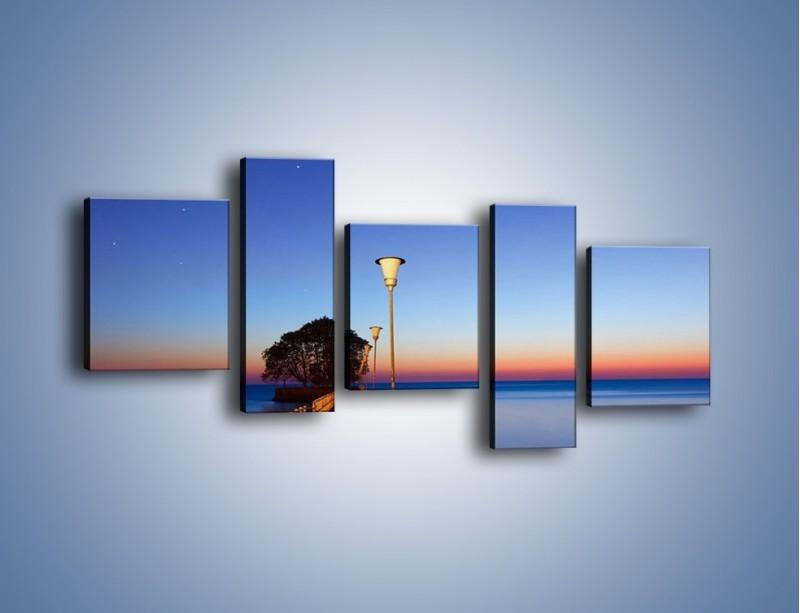 Obraz na płótnie – Wieczorny spacer po tafli morza – pięcioczęściowy KN759W7