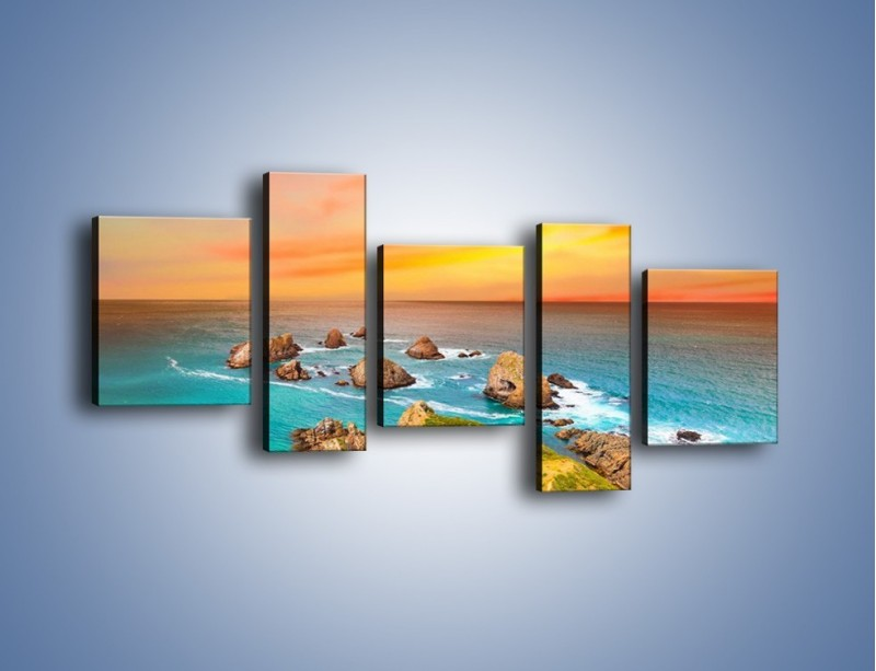 Obraz na płótnie – Kolory rozpalonego nieba nad wodą – pięcioczęściowy KN879W7