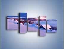 Obraz na płótnie – W górskiej chatce zimą – pięcioczęściowy KN977W7