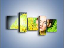 Obraz na płótnie – Kobieta w wiosennym wydaniu – pięcioczęściowy L335W7