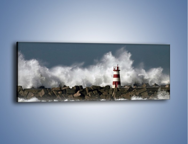Obraz na płótnie – Latarnia morska w sztormie – jednoczęściowy panoramiczny KN626