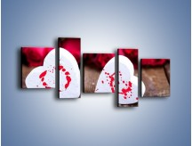 Obraz na płótnie – Dwa idealnie pasujące serca – pięcioczęściowy O211W7
