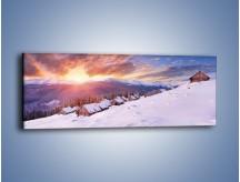 Obraz na płótnie – Chatka w śnieżnym dywanie – jednoczęściowy panoramiczny KN725