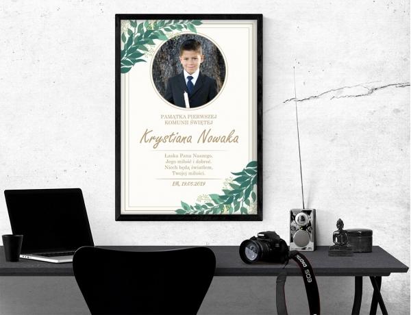 Plakat lub obraz na Pamiątkę I Komunii - Zdjęcie wśród gałązek oliwnych