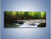 Obraz na płótnie – Niski niegroźny wodospad – jednoczęściowy panoramiczny KN996