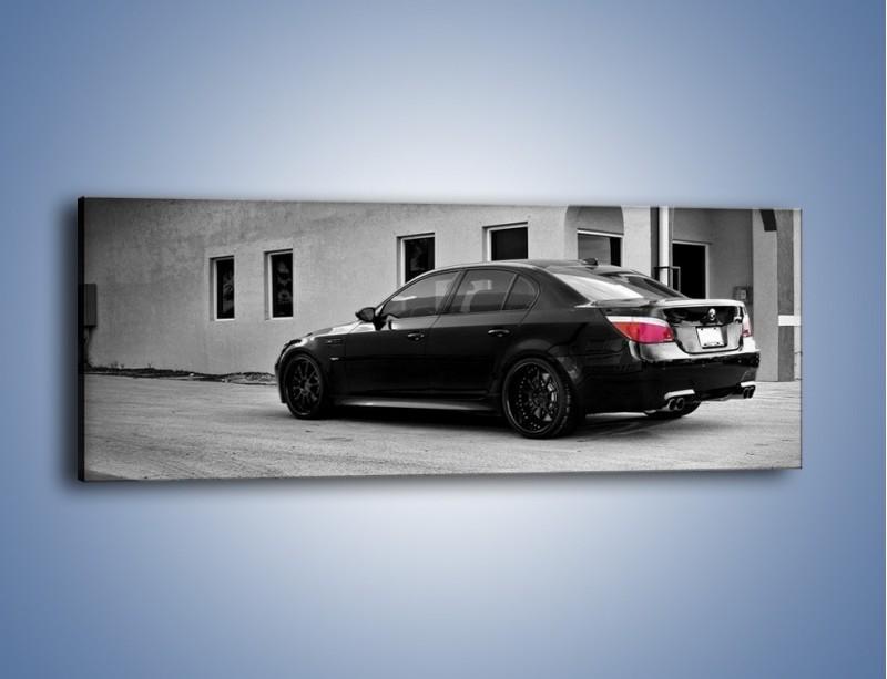 Obraz na płótnie – BMW M5 E61 – jednoczęściowy panoramiczny TM135