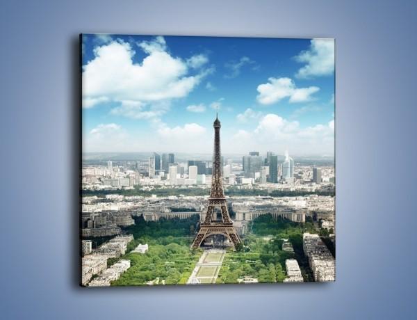 Obraz na płótnie – Chmury nad Wieżą Eiffla – jednoczęściowy kwadratowy AM302