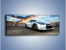 Obraz na płótnie – Nissan GT-R o zachodzie słońca – jednoczęściowy panoramiczny TM217
