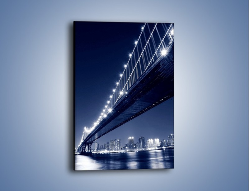 Obraz na płótnie – Nowojorski most w odcieniach niebieskiego – jednoczęściowy prostokątny pionowy AM207