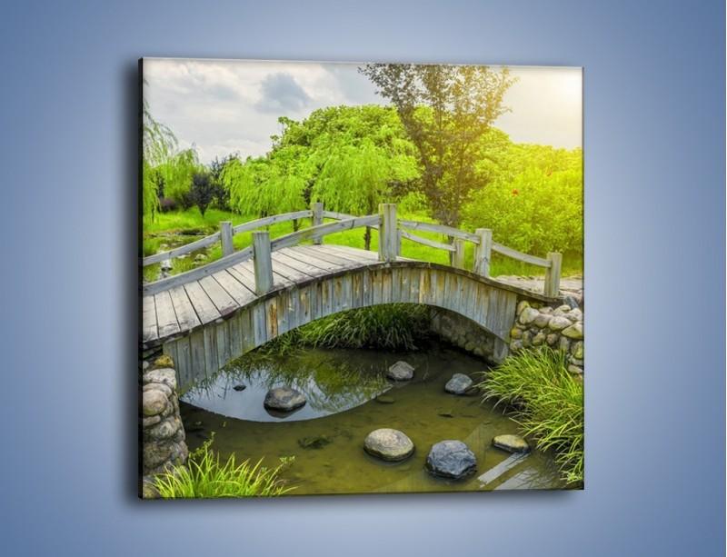 Obraz na płótnie – Mały mostek przez rzeczkę – jednoczęściowy kwadratowy KN1254A