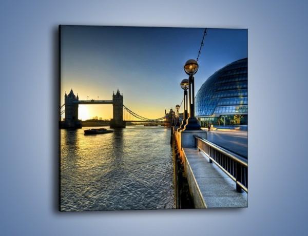 Obraz na płótnie – Londyński Tower Bridge – jednoczęściowy kwadratowy AM348