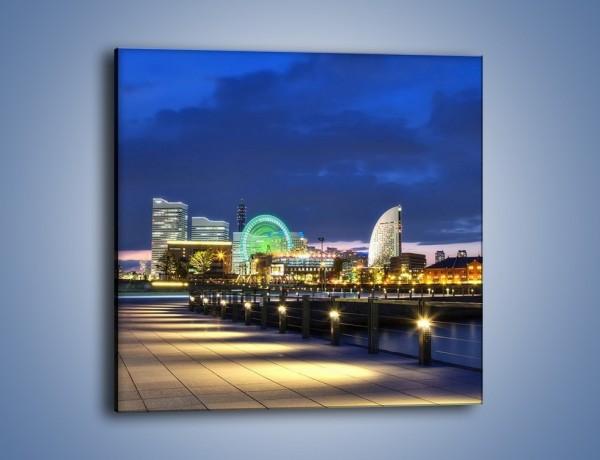 Obraz na płótnie – Rozświetlona Yokohama w nocy – jednoczęściowy kwadratowy AM355