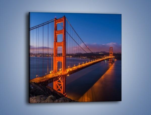Obraz na płótnie – Rozświetlony most Golden Gate – jednoczęściowy kwadratowy AM360