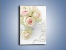 Obraz na płótnie – Do ołtarza z różą – jednoczęściowy prostokątny pionowy K706