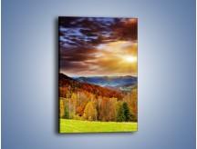 Obraz na płótnie – Góry z kolorowych drzew – jednoczęściowy prostokątny pionowy KN066