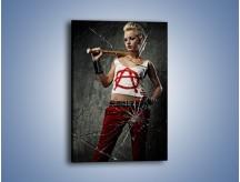 Obraz na płótnie – Kobieca siła i szyba – jednoczęściowy prostokątny pionowy L131