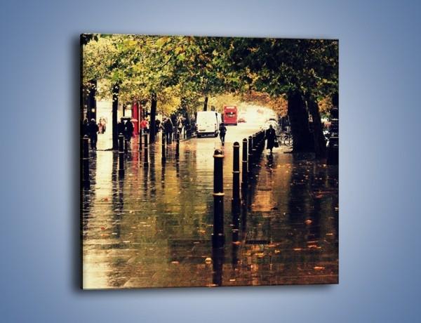 Obraz na płótnie – Deszczowa jesień w Moskwie – jednoczęściowy kwadratowy AM383
