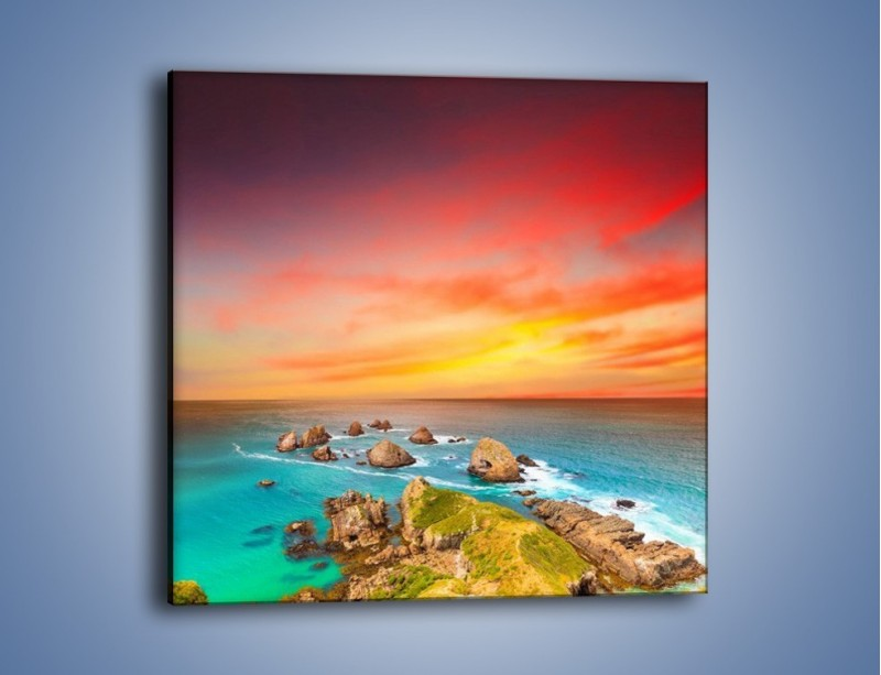 Obraz na płótnie – Kolory rozpalonego nieba nad wodą – jednoczęściowy kwadratowy KN879