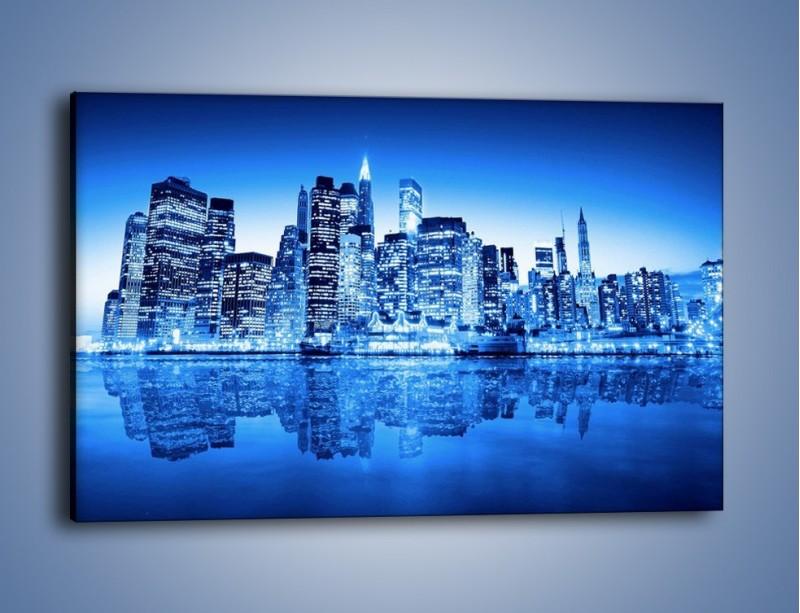 Obraz na płótnie – Odbicie miasta w tafli wody – jednoczęściowy prostokątny poziomy AM004