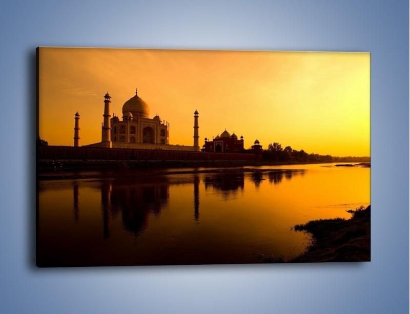 Obraz na płótnie – Taj Mahal o zachodzie słońca – jednoczęściowy prostokątny poziomy AM075