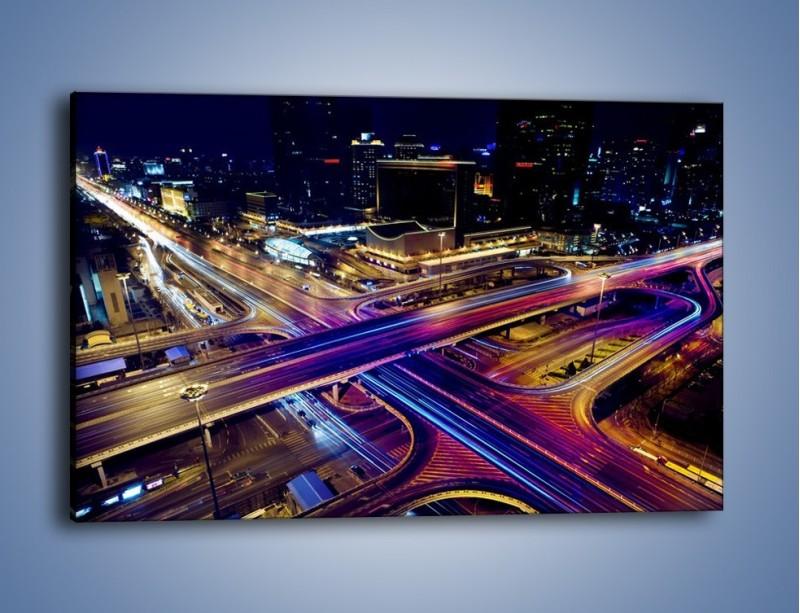 Obraz na płótnie – Skrzyżowanie autostrad nocą w ruchu – jednoczęściowy prostokątny poziomy AM087