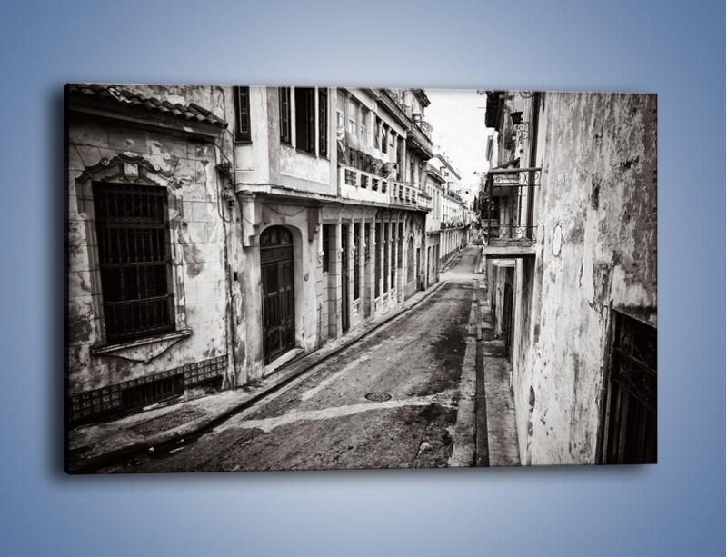 Obraz na płótnie – Urokliwa uliczka w starej części miasta – jednoczęściowy prostokątny poziomy AM124