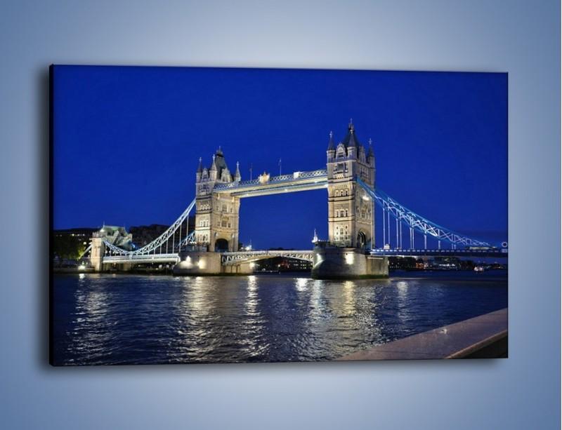 Obraz na płótnie – Tower Bridge nocą – jednoczęściowy prostokątny poziomy AM145