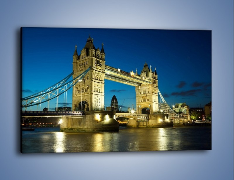 Obraz na płótnie – Tower Bridge wieczorową porą – jednoczęściowy prostokątny poziomy AM159