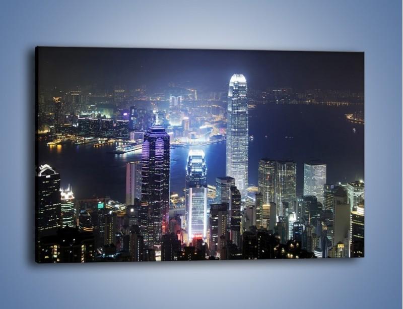Obraz na płótnie – Miasto oświetlone nocą – jednoczęściowy prostokątny poziomy AM223